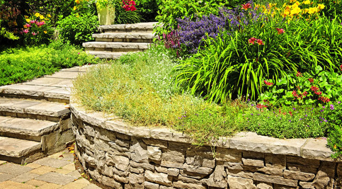 Important facts about natural stone retaining walls